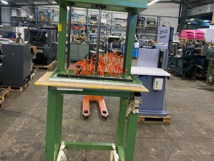 Hydraulic Book Press